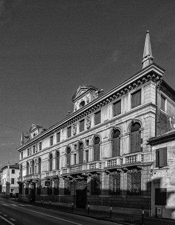 Castelfranco Veneto, Italia: Borgo Treviso - Palazzo Riccati