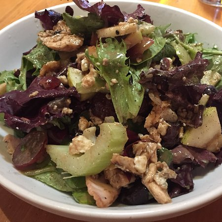 California Pizza Kitchen Full Salad
