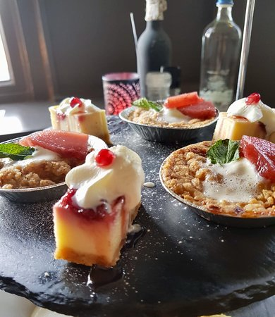 Zevenbergen, The Netherlands: Tumi's High Tea, diverse lekkernijen