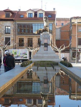 Astorga, Španielsko: Gesamt-Denkmal-Anlage