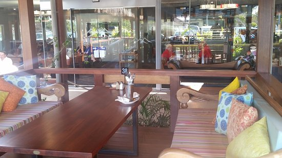 OUTSIDE DINING OPTION RSL CLUB BARHAM