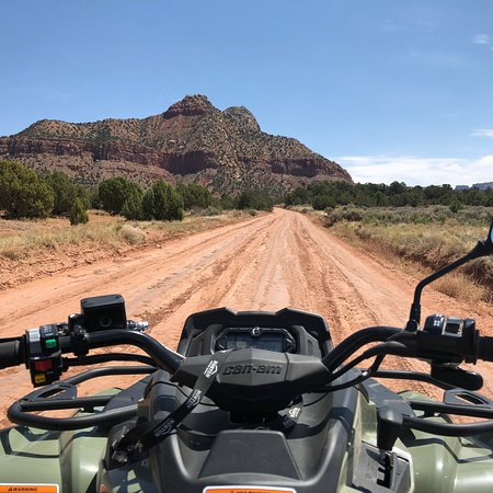 Zion Country Off-Road Tours: photo0.jpg