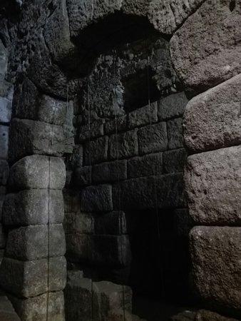 Cuevas de Hércules照片