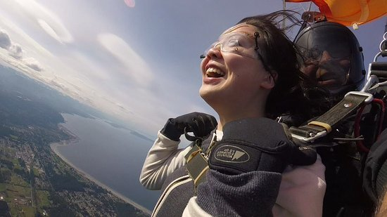 Skydive Vancouver Island (Qualicum Beach) - All You Need to