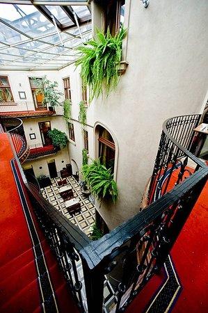 Hotel Copernicus: Exterior