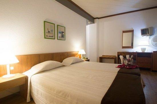 Windsor Hotel: Guest room