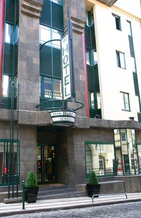 Windsor Hotel: Exterior