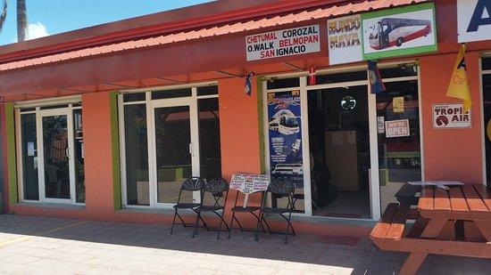 Belize City, Belize: Zippy Zappy Mayan Travels