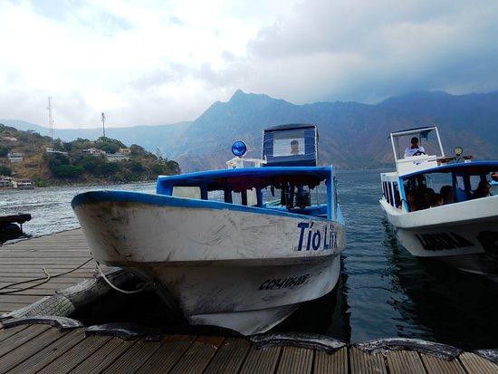 Lake Atitlan: vista del lago