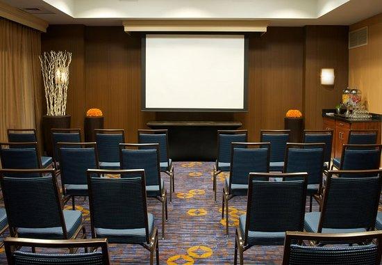 Courtyard Bloomington: Meeting room