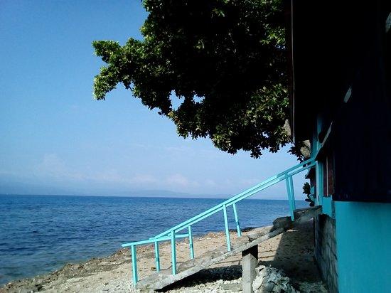 Nguna Island, Vanuatu: Enjoy the beach!