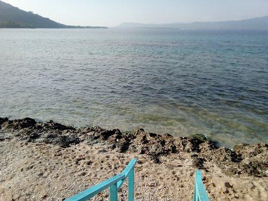 Nguna Island, Vanuatu: Want to go snorkeling?