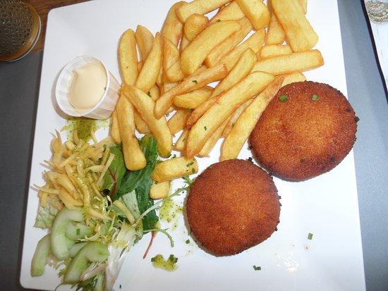 Westenschouwen, The Netherlands: Croquettes de fromage ..... miam