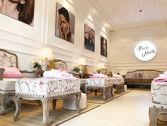 Prive Nails - Luxury Nail Salon & Massage