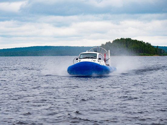Kalevala, روسيا: Аэропрогулки на судне на воздушной подушке
