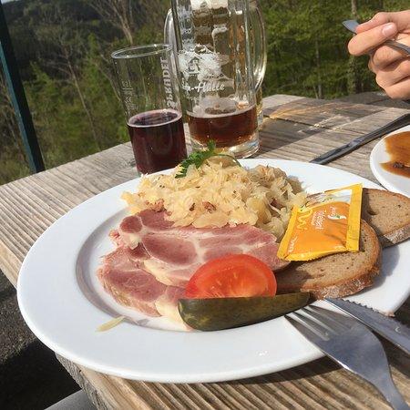 Hilders, Alemania: Ausblick super, essen Ok