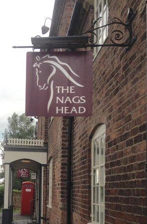 Garthmyl, UK: The pub sign