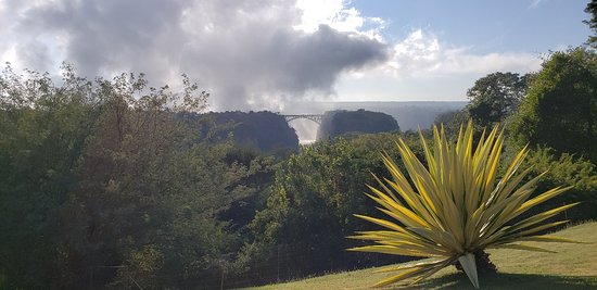 Great view to the bridge and gorge