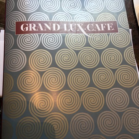 Grand Lux Cafe: Menu, my margarita, my lunch chicken jambalaya and chicken pot pie
