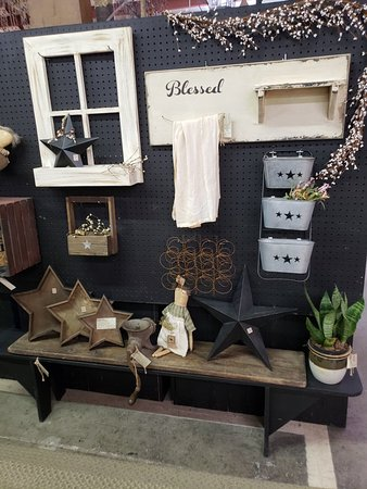 Two Crows Antiques and Primitives (Harpers Ferry) - 2019 ...