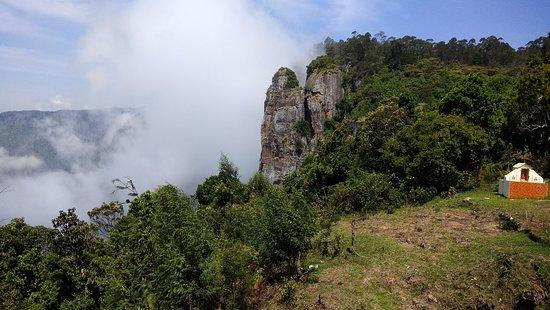 Фотография Pillar Rocks