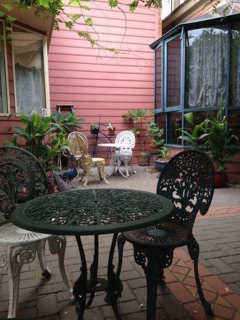 Narromine, Australia: Courtyard
