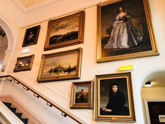 Bury Art Museum & Sculpture Centre: Staircase Art