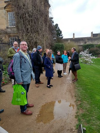 Oxford City Walk: The International Kinesiology Group enjoying their tour with David.
