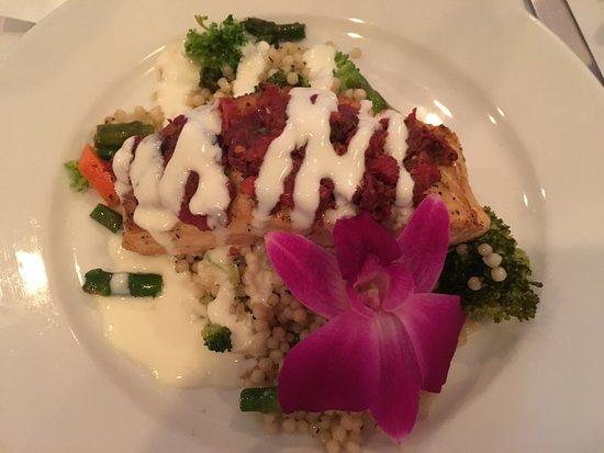 Michael's Grill: Tapenade Salmon