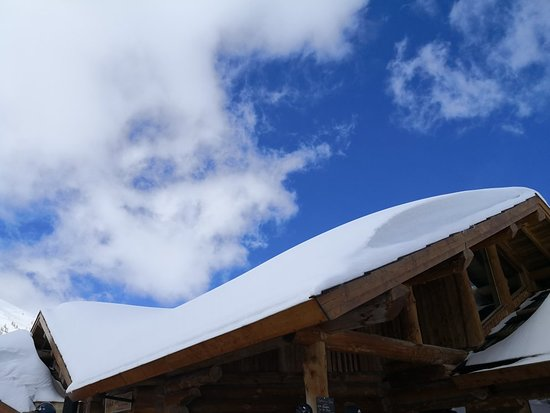Serre Chevalier, France: Du soleil et de la neige... Le bonheur