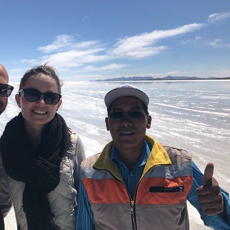 Emilio Uyuni Tours: Super tour d'une journée sur le salar avec Emilio à contre sens pour éviter le flux des touriste