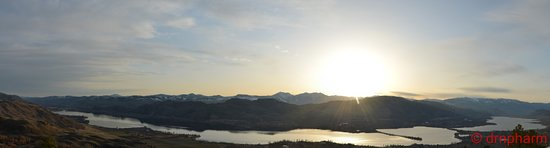 Anarchist Mountain Lookout: Panoramic view of Osoyoos lake captured from Anarchis Mountain lookout.