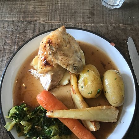 Castletownshend, Irland: Roast dinner.... was nice but cost a mini mortgage ! 🙄