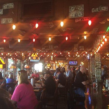 Noah's Ark Bar & Grill: photo0.jpg