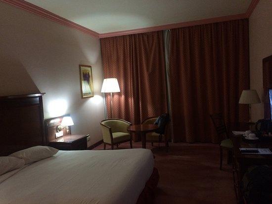 Laico Ouaga 2000 Hotel: dark room
