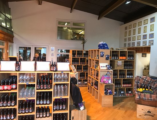 Aviemore, UK: The well-stocked brewery shop