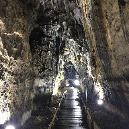 Ayancik, Turkey: İnaltı Mağarası giriş ve Mağara içi