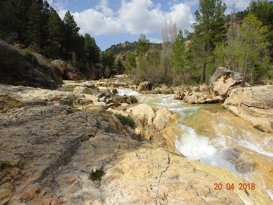 Enguidanos, Spain: Un pequeño lugar pero que da una idea