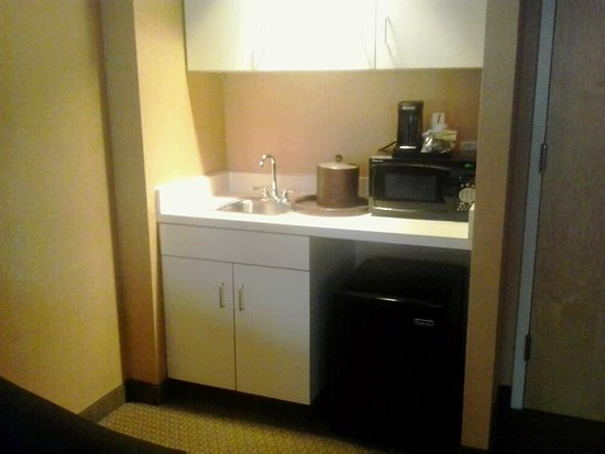 Hampton Inn & Suites Boston Crosstown Center Photo