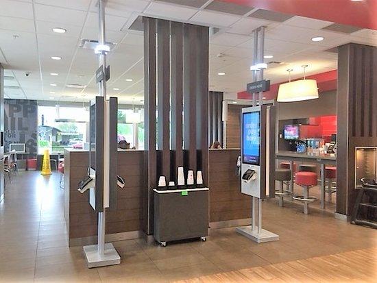 Madisonville, TX: McDonald's Interior