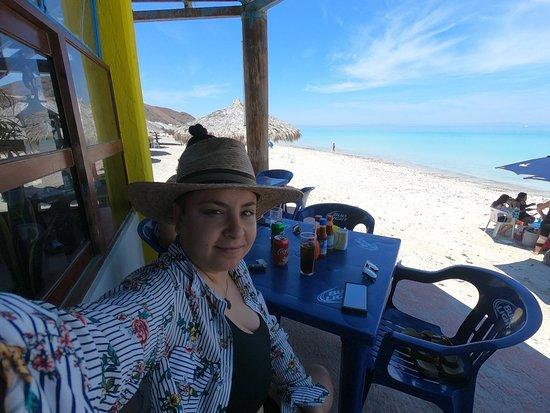 Playa El Tecolote (Tecolote Beach) : GOPR0321_1524808358429_high_large.jpg
