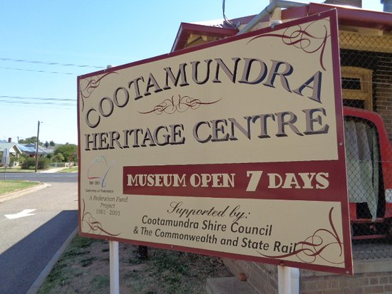 Cootamundra Heritage Centre: Good it is open 7 days so many are not