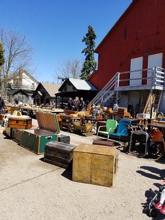 Aberfoyle Antique Market: 20180429_140942_large.jpg