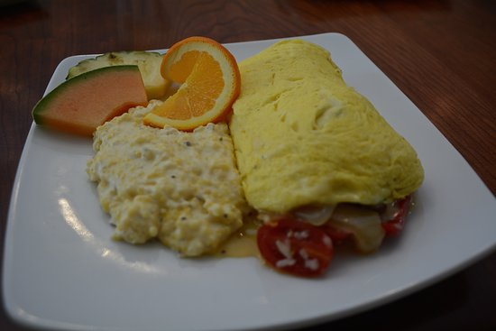 Flint Hill, VA: Tavern Sunday Omelette with Cheese Grits.
