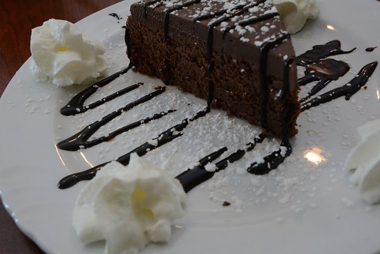 Flint Hill, VA: Flourless Chocolate Cake