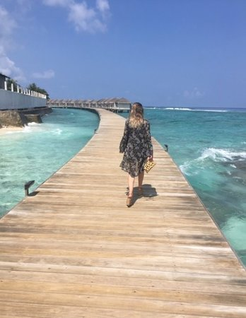 Farukolhufushi Island: Turquoise waters