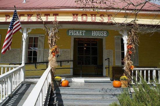 Pickett House Restaurant: DSC04873_large.jpg