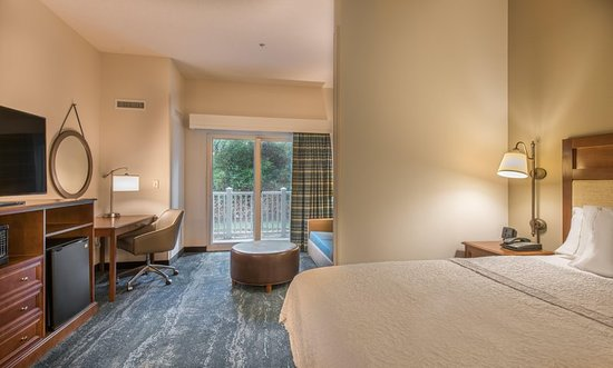 Hampton Inn & Suites Jekyll Island: Suite