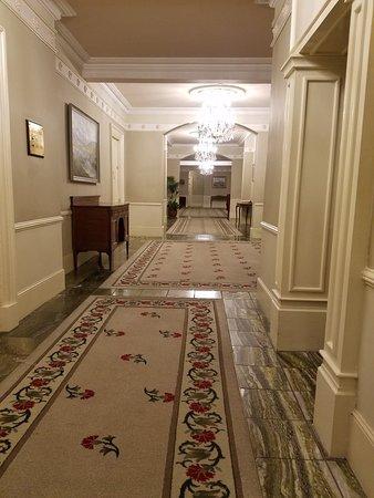 Hotel Meyrick: 20180224_194647_large.jpg