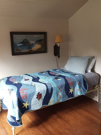 Dayville, OR: Bedroom